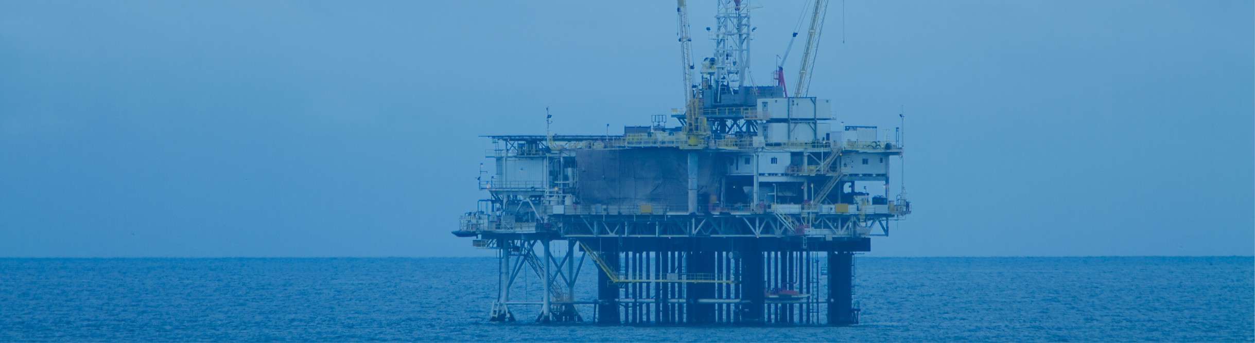 https://www.ims-expertservices.com/wp-content/uploads/2019/07/Case-Study-Banner-Deep-Water-Oil-Rig.jpg